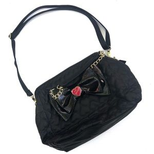 Betsey Johnson | NEW Heart Quilted Bow Purse